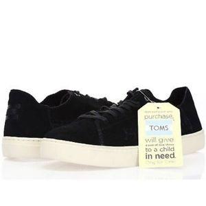 NWT Tom's Suade Black Lenox Sneakers